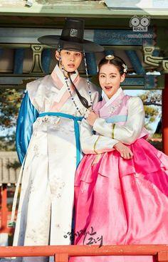 Joo Won, Oh Yeon Seo, Lee Jung Shin, and Kim Yoon Hye get into character for historical drama My Sassy Girl