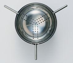 Arne Jacobsen's perfect tea strainer.