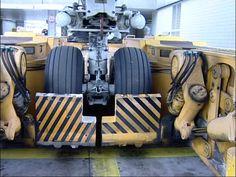airport tow truck - Buscar con Google