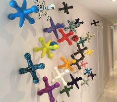 These 3D Wall Jacks would make such a fun, whimsical pop to a playroom!