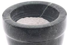 Kaisernatron - Sodbrennen Hausmittel: DIE besten Lebensmittel gegen Sodbrennen - Natron kennen viele aus der Backstube. Das Salz kann aber auch bei Sodbrennen helfen, da es die überschüssige Magensäure bindet. Lesen Sie auch auf gofeminin.de Schnaps & Co...