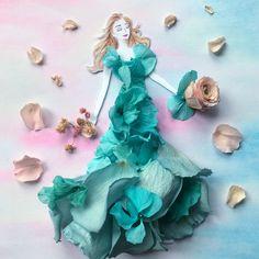 Flower Pictures, Art Pictures, Photos, Beautiful Rose Flowers, Fashion Illustration Dresses, Fashion Design Drawings, Little Flowers, Leaf Art, Flower Fashion