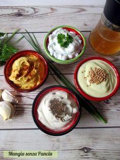 Salsa allo yogurt in 4 gusti, Mangia senza Pancia ✫♦๏༺✿༻☘‿WE Jun ‿❀🎄✫🍃🌹🍃🔷️❁✿~⊱✿ღ~❥༺✿༻🌺♛༺ ♡⊰~♥⛩⚘☮️❋ Healthy Cooking, Cooking Recipes, Healthy Recipes, Antipasto, Pesto, Greek Dinners, Mousse, Best Italian Recipes, Italian Cooking
