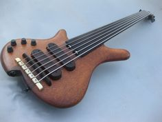 Randy Chow | Ken Bebensee Stringed Instruments