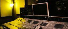 Pctures of recording music studio and equipment | Revolver Recordings