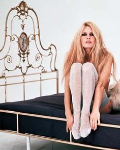 Brigitte Bardot. Love this bed!