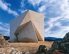 Unusual Churches From Around The World (4)