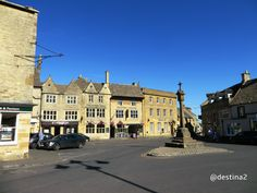 Stow-on-the-Wold.- Market Square