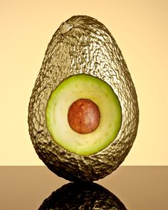 Bela Borsodi, Photographer - Avocado