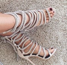 Women Sexy Lace Up Chain Tassel Sandals Stylish Metal Decoration Sandals Shoes Fastening Crossed Tie Fringe Shoes Rope Sandals Mode Shoes, Shoes Heels, Pumps, Dress Shoes, Club Shoes, Sandal Heels, Strappy Heels, Stilettos, Rope Sandals