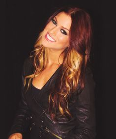 Cassadee Pope, loved her since her Hey Monday days. Want this hair color!