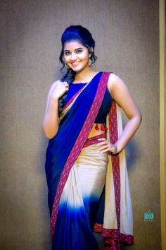 Anupama Parameswaran Latest Photo-shoot Stills Beautiful Girl Indian, Most Beautiful Indian Actress, Beautiful Saree, Beautiful Actresses, Beautiful Women, Saree Poses, Saree Hairstyles, Anupama Parameswaran, Saree Photoshoot