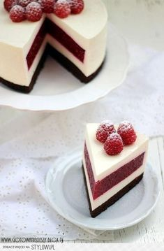 Raspberry cheesecake- My favourite dessert ever! No Bake Desserts, Just Desserts, Delicious Desserts, Dessert Recipes, Yummy Food, Raspberry Cheesecake, Cheesecake Recipes, Raspberry Cake, Cheesecake Cake