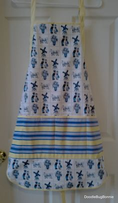 Dutch apron made with fabric from The Netherlands