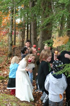 List of fun family halloween games  - Looking for ways to entertain your favorite Halloweeners? Whether you are looking for some fun for a party, in lieu of trick-or-treating, or in addition to trick-or-treating, here are some fun ways to create or add to the Halloween spirit.