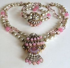 Vintage-Miriam-Haskell-Necklace-Bracelet-Set-Pink-Glass-Pearls-RS-Gilt-Filigree