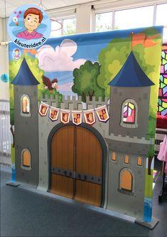 Kasteel, thema ridders, jonkvrouwen en kastelen, kleuteridee 4 Castle Crafts, Out Of This World, Toy Chest, Toys, Disney Characters, Party, Held, Decor, School