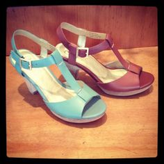 Itsthesash snapped a pic of our new HEY THERE raw cut mid-heels. How cute are they??