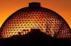 Omaha Henry Doorly Zoo and the Desert Dome -- one of the top ten zoos in the US and open year round!
