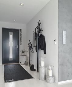 Earlybirds idag ✨ Allerede vært på farten i mange timer. Happy weekend ❤️ __________________________________ Remeber to tag your photos with , for repost ☺️ Living Room Colors, Living Room Decor, Bedroom Decor, Hallway Decorating, Entryway Decor, Interior Design Living Room, Living Room Designs, Flur Design, House Entrance