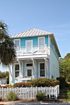 turquoise love! little beach house!
