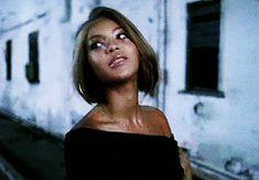 Beyonce short bob