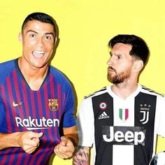 Ha Imagine that messi and Ronald swapped teams Ronaldo Memes, Messi Vs Ronaldo, Ronaldo Football, Fifa Football, World Football, Funny Football Memes, Soccer Memes, Barcelona Messi, Cr7 Junior