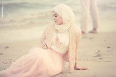 """IM into YOU""  #photography #outdoor #couple #prewedding #album #theme #vintage #pastel #daylight #lighting #love #bond #beach #happy #camera #location #lens #rings #wedding #kuwait #q8 #k8 #gcc #mea #photographybyfajer #visualmemories"
