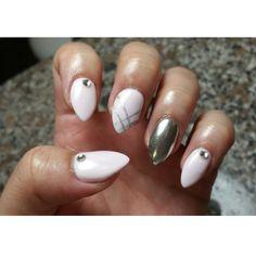 Chrome nail and design