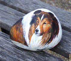 Sheltie by Alika Kalaida Painted Rock Animals, Painted Rocks Craft, Hand Painted Rocks, Painted Stones, Painted Flower Pots, Painted Pebbles, Pebble Painting, Pebble Art, Stone Painting