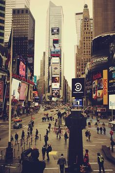 Busy streets of the city that never sleeps: New York!