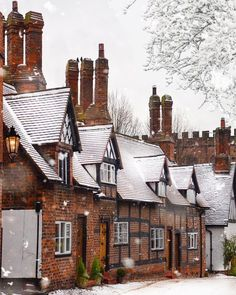 """""""Small but perfectly formed, this is one of the prettiest of Cheshire villages, . England And Scotland, England Uk, The Places Youll Go, Places To Go, Wonderful Places, Beautiful Places, Photo Images, English Village, English Countryside"""