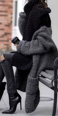 Casual Fall Outfits, Winter Fashion Outfits, Fall Winter Outfits, Autumn Fashion, Fashion Dresses, Fashion 2020, Look Fashion, Womens Fashion, Fashion Trends