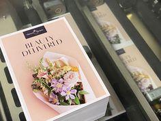 Digitálna tlač kartičiek pre Flower Society Container, Flowers, Beauty, Royal Icing Flowers, Beauty Illustration, Flower, Florals, Floral, Blossoms