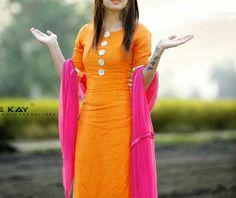 Trendy How To Wear White Dress Pants Simple Churidar Designs, Kurta Designs Women, Blouse Designs, Designer Party Wear Dresses, Kurti Designs Party Wear, Punjabi Suits Party Wear, Salwar Suits Simple, White Dress Pants, Dress Skirt