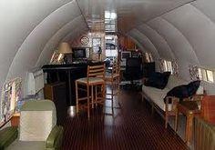 Plane turned into house   /                             Avião transformado em casa