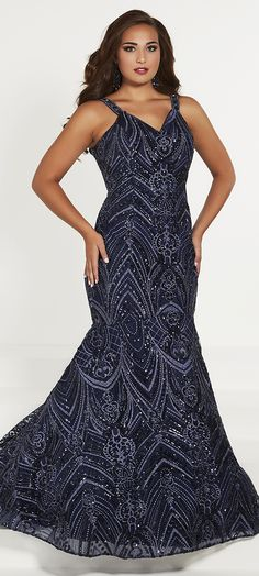 Tiffany Designs 16376 Sparkly Embroidered Mermaid Plus Size Prom Gown Plus Size Prom Dresses, Prom Dresses Online, Dressy Dresses, Short Dresses, Dress Formal, Mermaid Gown, Mermaid Skirt, Lace Mermaid, Prom Dress Stores