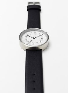 2a9c1b0d952 Scale watches by Nendo mark the time with ruler increments. Relógios Para  Homens