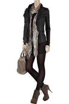 I like the overall look of this outfit. Not overtly casual but you could go out to town in it.