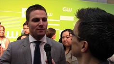 Stephen Amell Previews 'Arrow' Season 4, Oliver/Felicity Together