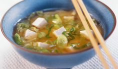 Spring Onion Miso Broth and Tofu Asian Recipes, New Recipes, Soup Recipes, Ethnic Recipes, Miso Broth, Healthy Soup, International Recipes, Fine Dining, Tofu