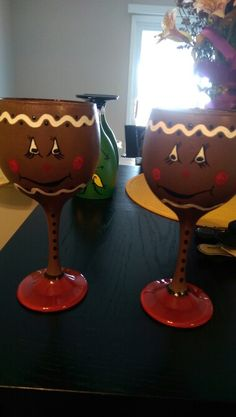 Gingerbread wine glasses