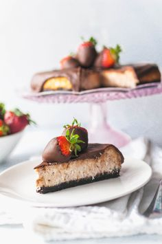This Chocolate Covered Strawberry Cheesecake is the perfect dessert for a celebration. Strawberry Puree, Strawberry Cheesecake, Party Desserts, Dessert Recipes, How To Make Cheesecake, Melting Chocolate Chips, Chocolate Covered Strawberries, Chocolate Recipes, Sweet Tooth