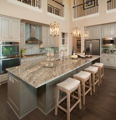 Live Love in the Home: Today's Popular Interior Design Photos - Kitchen Collection kitchen island idea ; Kitchen Redo, New Kitchen, Kitchen Ideas, Kitchen Cabinets, Kitchen Countertops, Kitchen Layout, Kitchen Interior, Awesome Kitchen, Light Granite Countertops
