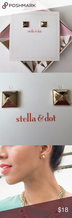 💟New Arrival💟Stella&dot Cleopatra Pyramid Studs New gold pyramid studs.  Simple yet can compliment any statement necklace.  Easily dressed it up or down with any outfits.  Picture #1 & 2 are of actual items taken by me. Stella & Dot Jewelry Earrings