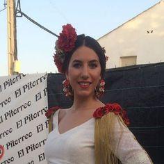 """37 Likes, 1 Comments - Debuengusto (@delicias_borrego) on Instagram: """"Hoy es el turno de esta flamenca tan guapa! Para Sandra realizamos en el taller las hombreras,…"""""""