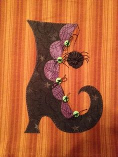 Witchy Poo's Shoe Applique PDF Pattern for by quiltdoodledesigns