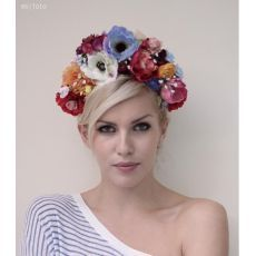 Parta by Hogo Fogo Veil Hairstyles, Wedding Hairstyles With Veil, Fascinators, Bridal Headpieces, Wedding Hair And Makeup, Hair Makeup, Your Hair, Bling, Glamour