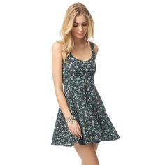 Aero Floral Dress Aeropostale Skater Flower Dress, worn once, pretty much new since it has absolutely no flaws, stretchy. Will fit Medium or Large c: Aeropostale Dresses