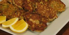 These fritters are an easy and fast meal for all of the family. They also meet the Skinny Recipes, Healthy Recipes, Healthy Schools, Mussels, Fritters, Tandoori Chicken, Catering, Meals, Dinners